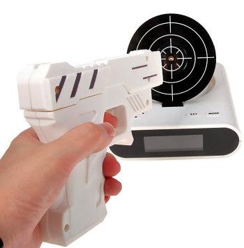 """Будильник """"Пистолет с мишенью"""""""