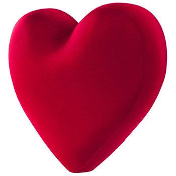 """Подушка """"Алое сердце"""" (28 х 25 х 10 см)"""