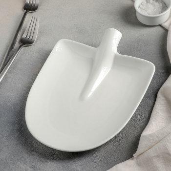 """Тарелка для подачи """"Штыковая лопата"""" (24 х 18 х 4,5 см)"""