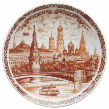 """Сувенирная тарелка """"Кораблик на фоне Кремля"""" (20 см)"""