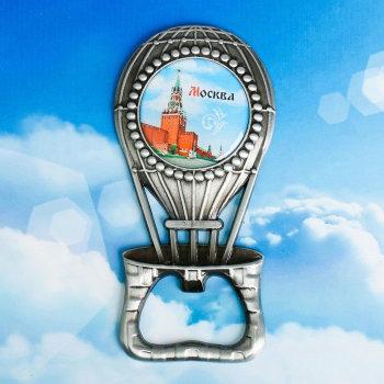 """Магнит-открывашка """"Воздушный шар над Москвой"""""""