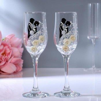 """Набор свадебных бокалов """"Жених и невеста"""" с лепкой (200 мл)"""