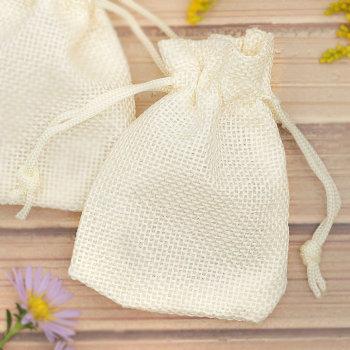 Льняной подарочный мешочек белого цвета (9 х 7 см)